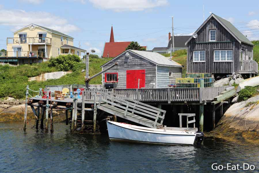 Waterfront huts and houses at Peggy's Cove.