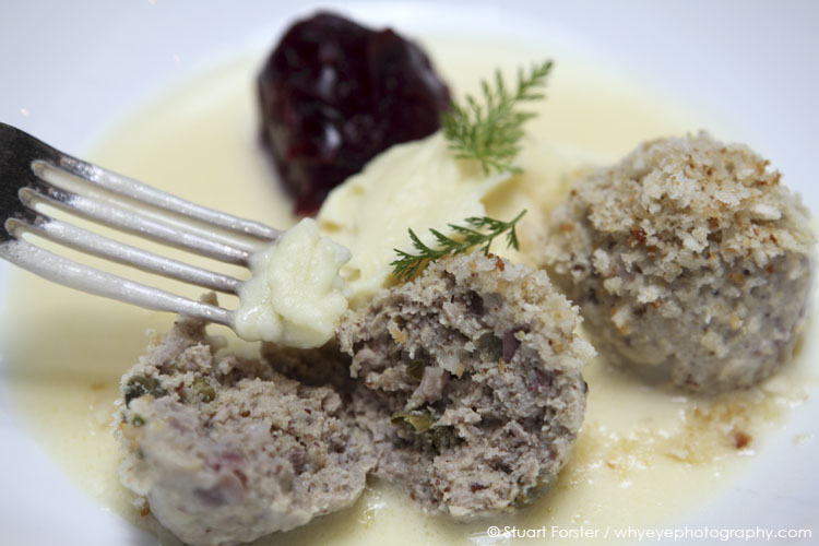 Koenigsberger Klopse served with mashed potato and red cabbage at La Soupe Populaire.