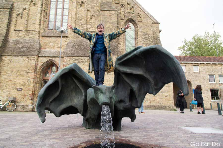 Artist, Johan Creten, fountain, De Vleermuis, The Bat, Bolsward, Friesland, 11 Fountains, The Netherlands.